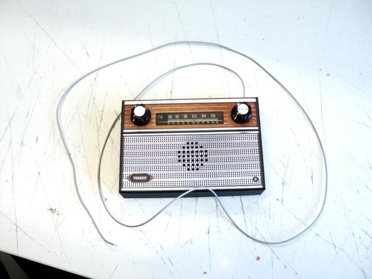Radiobausatz